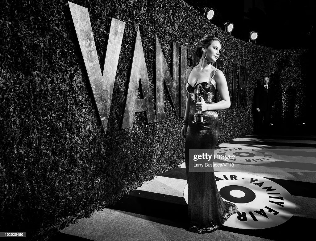 Actress <a gi-track='captionPersonalityLinkClicked' href=/galleries/search?phrase=Jennifer+Lawrence&family=editorial&specificpeople=1596040 ng-click='$event.stopPropagation()'>Jennifer Lawrence</a> arrives for the 2013 Vanity Fair Oscar Party hosted by Graydon Carter at Sunset Tower on February 24, 2013 in West Hollywood, California.