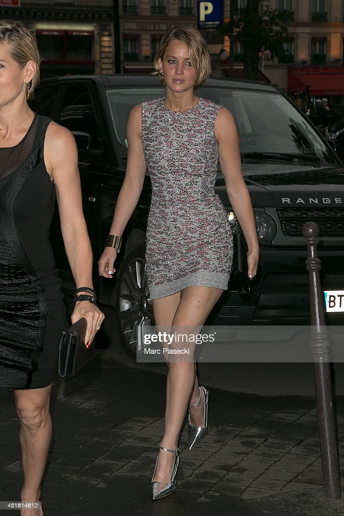 Actress <a gi-track='captionPersonalityLinkClicked' href=/galleries/search?phrase=Jennifer+Lawrence&family=editorial&specificpeople=1596040 ng-click='$event.stopPropagation()'>Jennifer Lawrence</a> arrives to attend the Dior Private Dinner as part of Paris Fashion Week - Haute Couture Fall/Winter 2014-2015 at on July 7, 2014 in Paris, France.