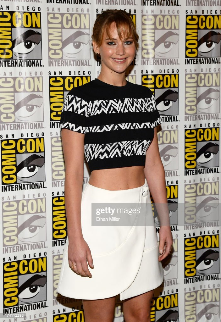 Actress <a gi-track='captionPersonalityLinkClicked' href=/galleries/search?phrase=Jennifer+Lawrence&family=editorial&specificpeople=1596040 ng-click='$event.stopPropagation()'>Jennifer Lawrence</a> attends Lionsgate's 'The Hunger Games: Catching Fire' and 'I, Frankenstein' press line during Comic-Con International 2013 at the Hilton Bayfront on July 20, 2013 in San Diego, California.