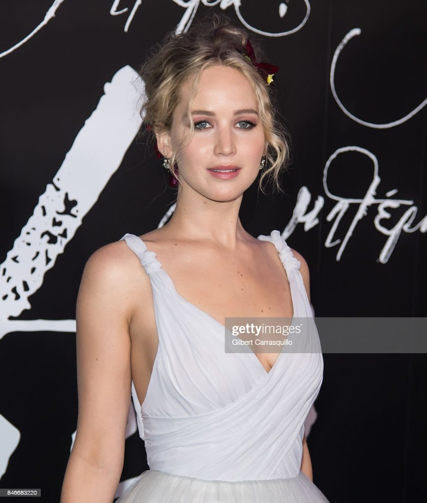 Actress Jennifer Lawrence attends 'mother!' New York Premiere at Radio City Music Hall on September 13, 2017 in New York City.