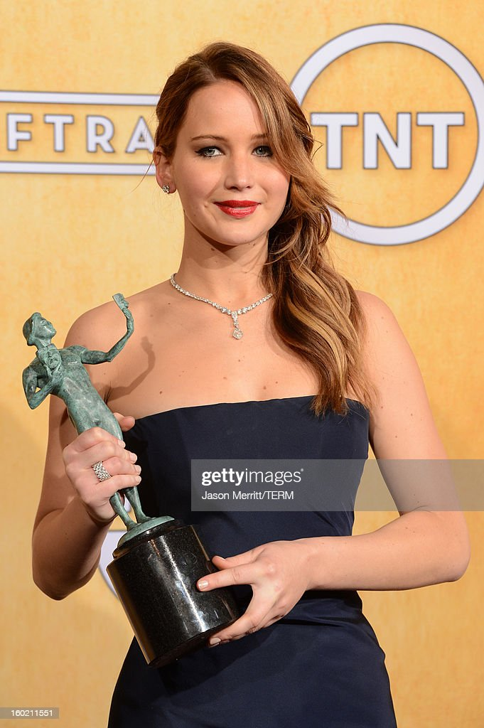 Actress <a gi-track='captionPersonalityLinkClicked' href=/galleries/search?phrase=Jennifer+Lawrence&family=editorial&specificpeople=1596040 ng-click='$event.stopPropagation()'>Jennifer Lawrence</a> attends the 19th Annual Screen Actors Guild Awards at The Shrine Auditorium on January 27, 2013 in Los Angeles, California. (Photo by Jason Merritt/WireImage) 23116_014_3569.jpg