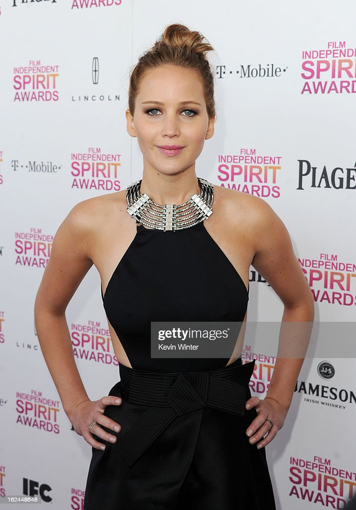 Actress <a gi-track='captionPersonalityLinkClicked' href=/galleries/search?phrase=Jennifer+Lawrence&family=editorial&specificpeople=1596040 ng-click='$event.stopPropagation()'>Jennifer Lawrence</a> attends the 2013 Film Independent Spirit Awards at Santa Monica Beach on February 23, 2013 in Santa Monica, California.