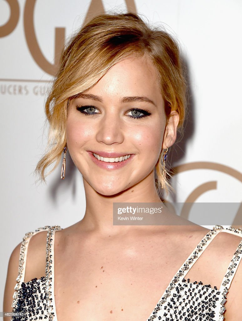 Actress <a gi-track='captionPersonalityLinkClicked' href=/galleries/search?phrase=Jennifer+Lawrence&family=editorial&specificpeople=1596040 ng-click='$event.stopPropagation()'>Jennifer Lawrence</a> attends the 26th Annual Producers Guild Of America Awards at the Hyatt Regency Century Plaza on January 24, 2015 in Los Angeles, California.