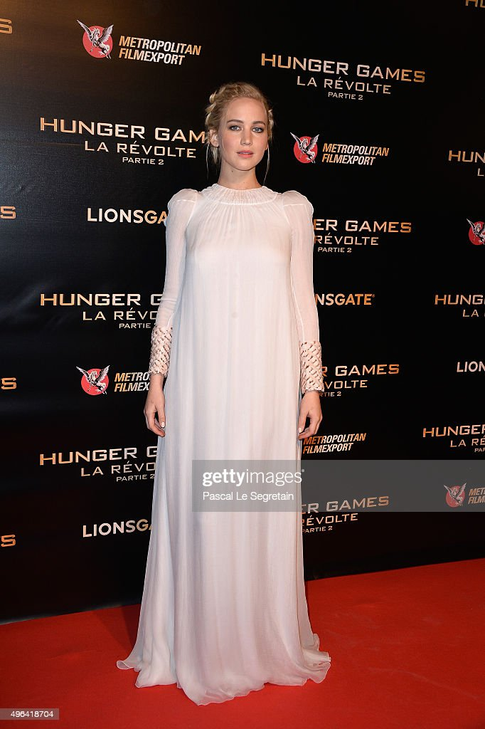 Actress <a gi-track='captionPersonalityLinkClicked' href=/galleries/search?phrase=Jennifer+Lawrence&family=editorial&specificpeople=1596040 ng-click='$event.stopPropagation()'>Jennifer Lawrence</a> attends The Hunger Games: Mockingjay Part 2 Premiere at Le Grand Rex on November 9, 2015 in Paris, France.