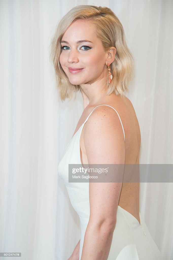 Actress <a gi-track='captionPersonalityLinkClicked' href=/galleries/search?phrase=Jennifer+Lawrence&family=editorial&specificpeople=1596040 ng-click='$event.stopPropagation()'>Jennifer Lawrence</a> attends the 'Joy' New York premiere at the Ziegfeld Theater on December 13, 2015 in New York City.