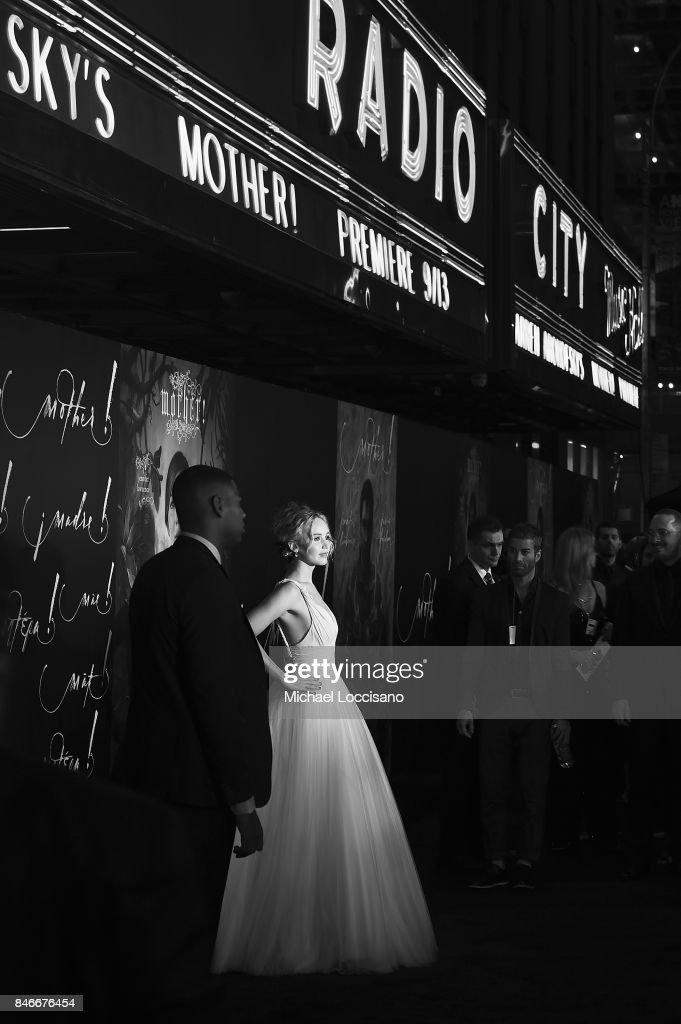 Actress Jennifer Lawrence attends the New York premiere of 'mother!' at Radio City Music Hall on September 13, 2017 in New York, New York.