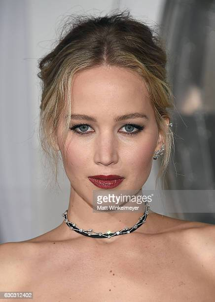 Actress Jennifer Lawrence attends the premiere of Columbia Pictures' 'Passengers' at Regency Village Theatre on December 14 2016 in Westwood...