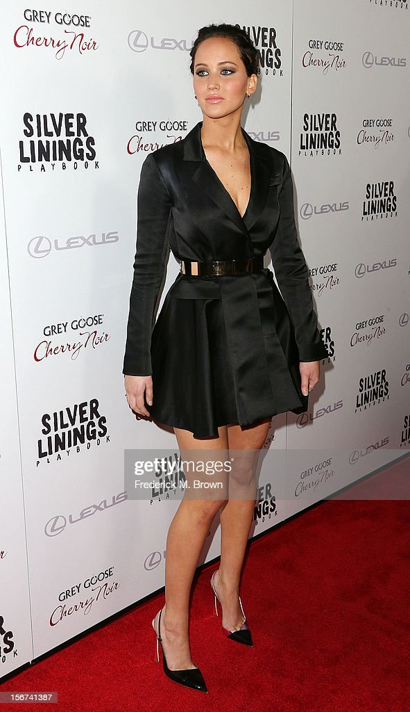 Actress <a gi-track='captionPersonalityLinkClicked' href=/galleries/search?phrase=Jennifer+Lawrence&family=editorial&specificpeople=1596040 ng-click='$event.stopPropagation()'>Jennifer Lawrence</a> attends the Screening Of The Weinstein Company's 'Silver Linings Playbook' at The Academy of Motion Pictures Arts and Sciences on November 19, 2012 in Beverly Hills, California.