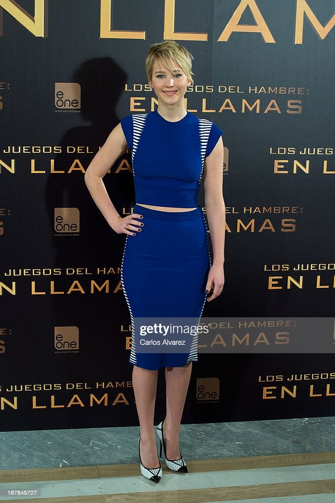 Actress <a gi-track='captionPersonalityLinkClicked' href=/galleries/search?phrase=Jennifer+Lawrence&family=editorial&specificpeople=1596040 ng-click='$event.stopPropagation()'>Jennifer Lawrence</a> attends the Spanish photocall of the film 'The Hunger Games - Catching Fire' (Los Juegos Del Hambre: En Llamas) at the Villamagna Hotel on November 13, 2013 in Madrid, Spain.