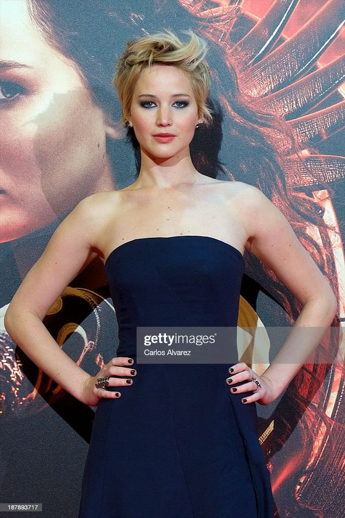 Actress Jennifer Lawrence attends the Spanish premiere of the film 'The Hunger Games - Catching Fire' (Los Juegos Del Hambre: En Llamas) at the Callao cinema on November 13, 2013 in Madrid, Spain.