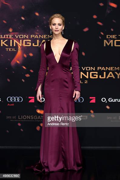 Actress Jennifer Lawrence attends the world premiere of the film 'The Hunger Games Mockingjay Part 2' at CineStar on November 4 2015 in Berlin Germany