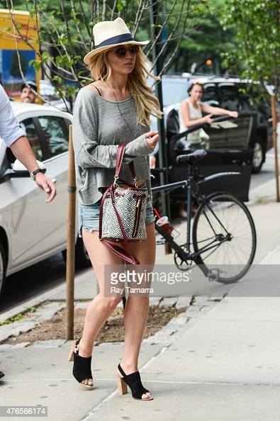 Actress Jennifer Lawrence enters her Tribeca hotel on June 10 2015 in New York City