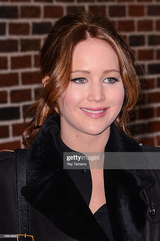 Actress <a gi-track='captionPersonalityLinkClicked' href=/galleries/search?phrase=Jennifer+Lawrence&family=editorial&specificpeople=1596040 ng-click='$event.stopPropagation()'>Jennifer Lawrence</a> enters the 'Late Show With David Letterman' taping at the Ed Sullivan Theater on January 15, 2013 in New York City.