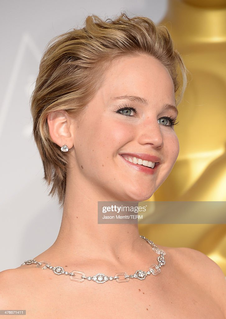 Actress Jennifer Lawrence poses in the press room during the Oscars at Loews Hollywood Hotel on March 2, 2014 in Hollywood, California.