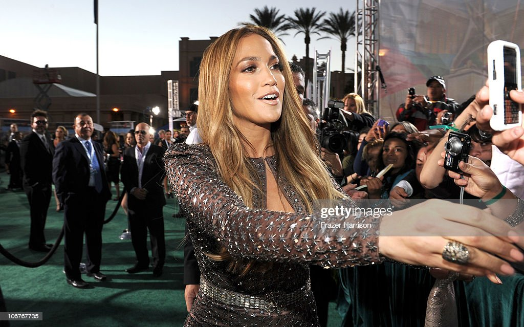 Actress <a gi-track='captionPersonalityLinkClicked' href=/galleries/search?phrase=Jennifer+Lopez&family=editorial&specificpeople=201784 ng-click='$event.stopPropagation()'>Jennifer Lopez</a> arrives at the 11th annual Latin GRAMMY Awards at the Mandalay Bay Resort & Casino on November 11, 2010 in Las Vegas, Nevada.