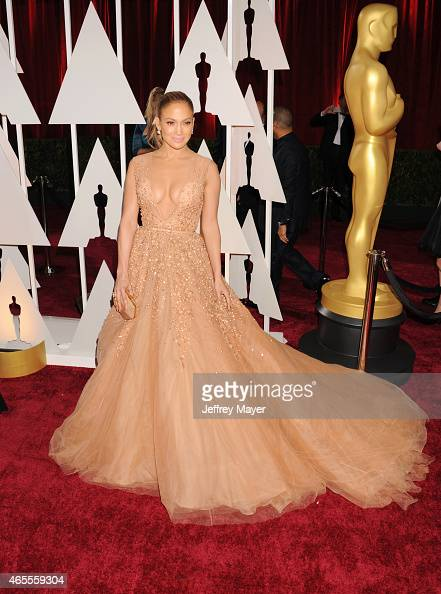 Actress Jennifer Lopez arrives at the 87th Annual Academy Awards at Hollywood Highland Center on February 22 2015 in Hollywood California