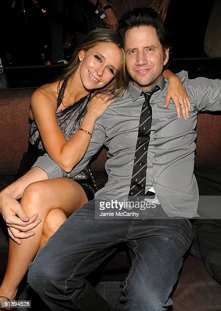 LAS VEGAS OCTOBER 03 Actress Jennifer Love Hewitt and actor Jamie Kennedy attend the TAO and LAVO anniversary weekend held at TAO in the Venetian...