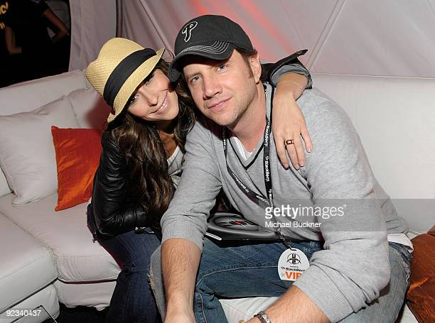 Actress Jennifer Love Hewitt and actor Jamie Kennedy attend the BlackBerry VIP Hospitality Lounge at the U2 Concert at the Rose Bowl on October 25...