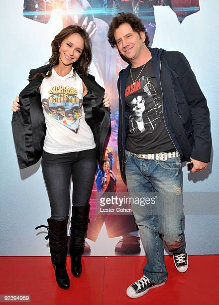 Actress Jennifer Love Hewitt and producer Jamie Kennedy arrive at the Los Angeles premiere of 'This Is It' at Nokia Theatre LA Live on October 27...
