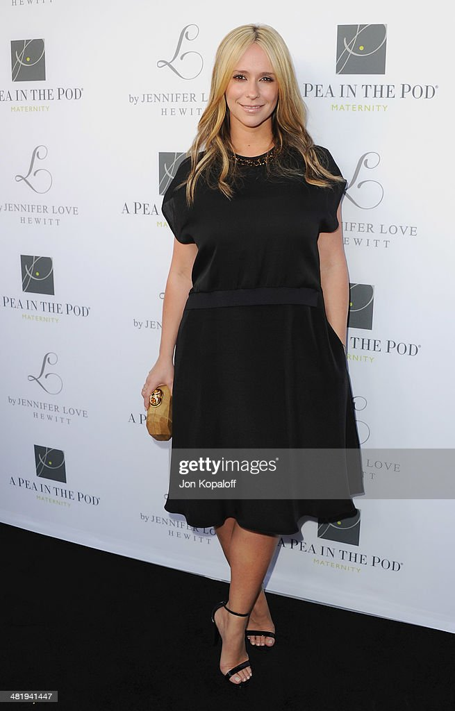 Actress Jennifer Love Hewitt arrives at A Pea In The Pod And Jennifer Love Hewitt Celebrate The Launch Of 'L By Jennifer Love Hewitt' at A Pea In The Pod on April 1, 2014 in Beverly Hills, California.