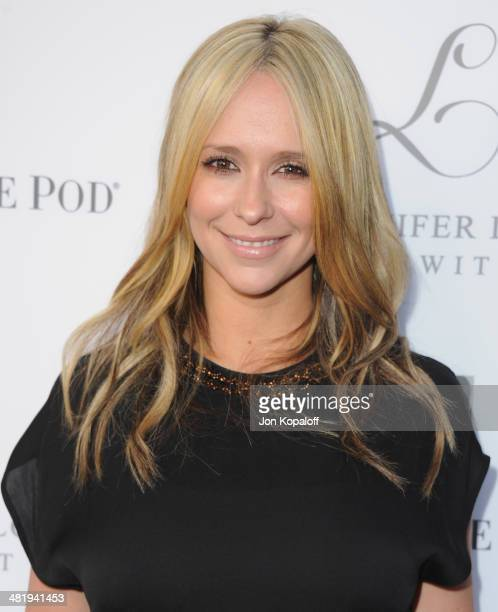Actress Jennifer Love Hewitt arrives at A Pea In The Pod And Jennifer Love Hewitt Celebrate The Launch Of 'L By Jennifer Love Hewitt' at A Pea In The...