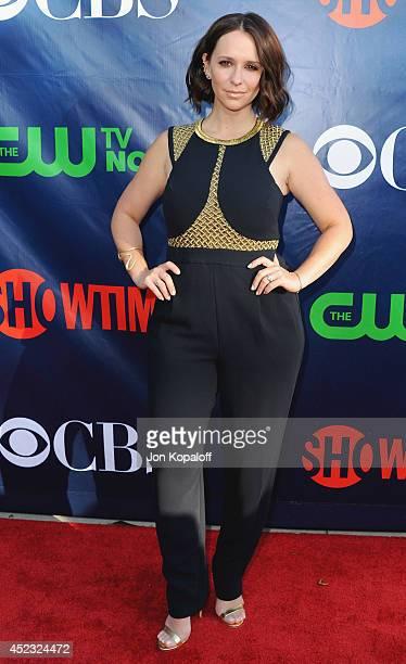 Actress Jennifer Love Hewitt arrives at the CBS The CW Showtime CBS Television Distribution 2014 Television Critics Association Summer Press Tour at...