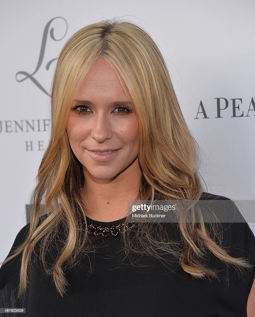 Actress Jennifer Love Hewitt arrives at the Launches of Jennifer Love Hewitt's new maternity line, 'L by Jennifer Love Hewitt' at A Pea In The Pod on April 1, 2014 in Beverly Hills, California.