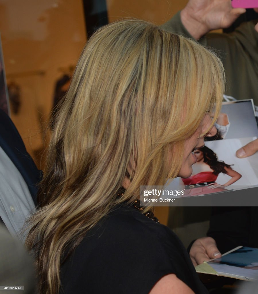 Actress <a gi-track='captionPersonalityLinkClicked' href=/galleries/search?phrase=Jennifer+Love+Hewitt&family=editorial&specificpeople=202883 ng-click='$event.stopPropagation()'>Jennifer Love Hewitt</a> arrives at the Launches of <a gi-track='captionPersonalityLinkClicked' href=/galleries/search?phrase=Jennifer+Love+Hewitt&family=editorial&specificpeople=202883 ng-click='$event.stopPropagation()'>Jennifer Love Hewitt</a>'s new maternity line, 'L by <a gi-track='captionPersonalityLinkClicked' href=/galleries/search?phrase=Jennifer+Love+Hewitt&family=editorial&specificpeople=202883 ng-click='$event.stopPropagation()'>Jennifer Love Hewitt</a>' at A Pea In The Pod on April 1, 2014 in Beverly Hills, California.