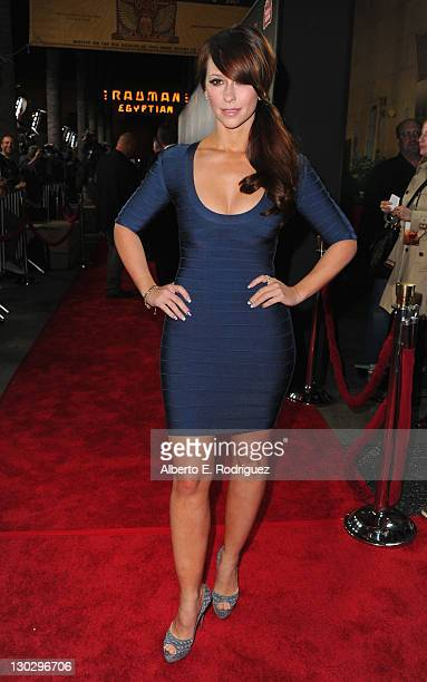 Actress Jennifer Love Hewitt arrives at the premiere of Paramount Pictures' 'Like Crazy' held at the Egyptian Theatre on October 25 2011 in Los...