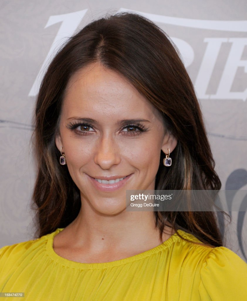 Actress <a gi-track='captionPersonalityLinkClicked' href=/galleries/search?phrase=Jennifer+Love+Hewitt&family=editorial&specificpeople=202883 ng-click='$event.stopPropagation()'>Jennifer Love Hewitt</a> arrives at Variety's 4th Annual Power Of Women event at the Beverly Wilshire Four Seasons Hotel on October 5, 2012 in Beverly Hills, California.