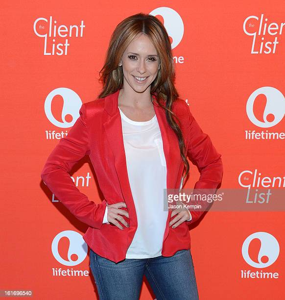 Actress Jennifer Love Hewitt attends Lifetime's 'The Client List' Valentine's Day Event at Mel's Diner on February 14 2013 in West Hollywood...