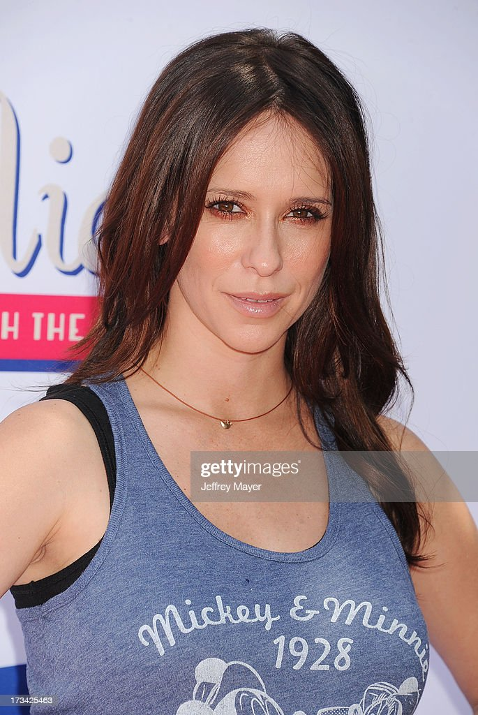 Actress <a gi-track='captionPersonalityLinkClicked' href=/galleries/search?phrase=Jennifer+Love+Hewitt&family=editorial&specificpeople=202883 ng-click='$event.stopPropagation()'>Jennifer Love Hewitt</a> attends Mickey Through The Decades Collection launch celebration at Walt Disney Studio Lot on July 13, 2013 in Burbank, California.