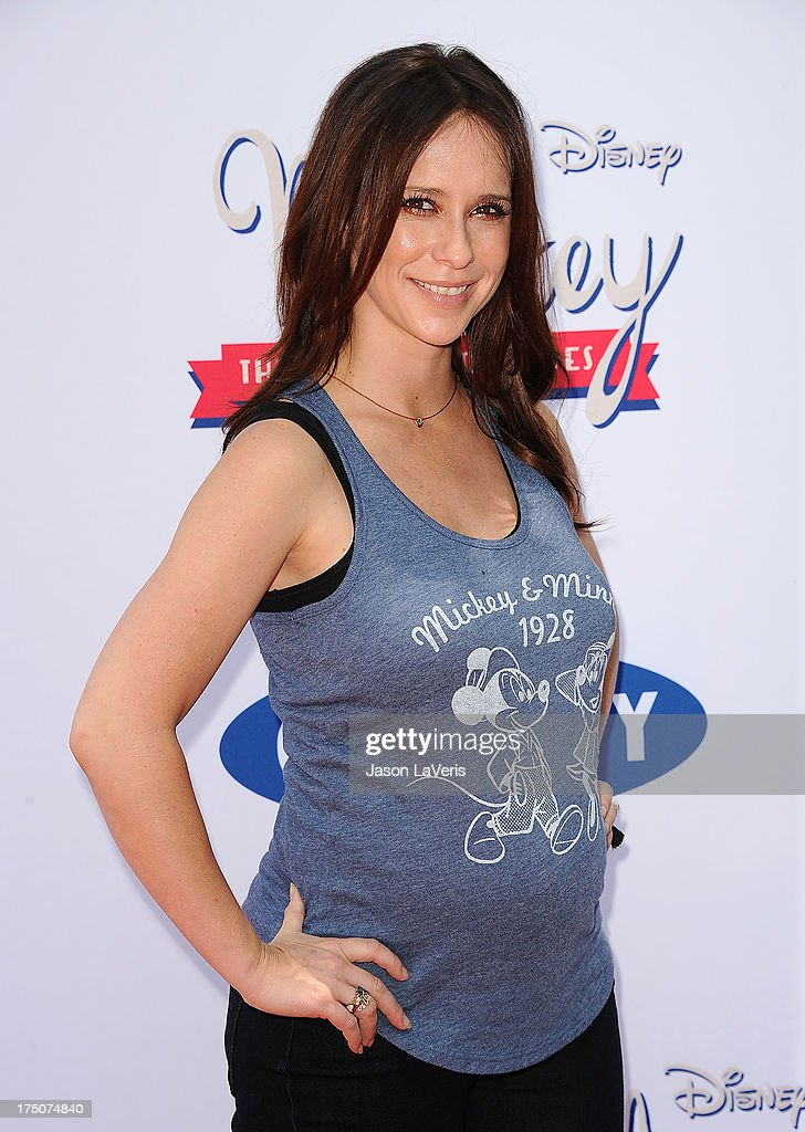 Actress <a gi-track='captionPersonalityLinkClicked' href=/galleries/search?phrase=Jennifer+Love+Hewitt&family=editorial&specificpeople=202883 ng-click='$event.stopPropagation()'>Jennifer Love Hewitt</a> attends the 'Mickey Through The Decades' collection celebration at Walt Disney Studios on July 13, 2013 in Burbank, California.