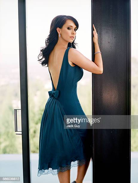 Actress Jennifer Love Hewitt is photographed for OK Magazine in 2006 in Los Angeles California PUBLISHED IMAGE