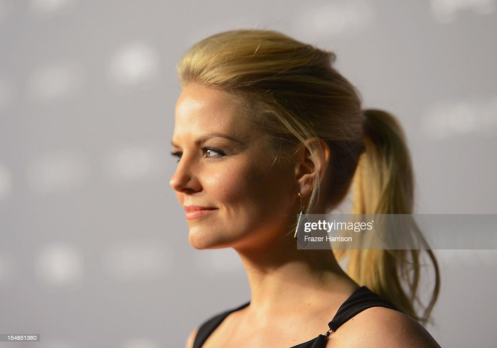 Actress Jennifer Morrison arrives at LACMA 2012 Art + Film Gala Honoring Ed Ruscha and Stanley Kubrick presented by Gucci at LACMA on October 27, 2012 in Los Angeles, California.