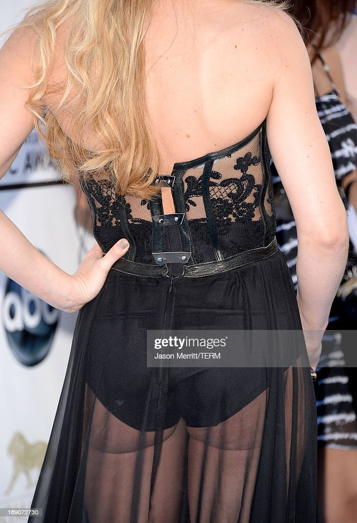 Actress Jennifer Morrison arrives at the 2013 Billboard Music Awards at the MGM Grand Garden Arena on May 19, 2013 in Las Vegas, Nevada.