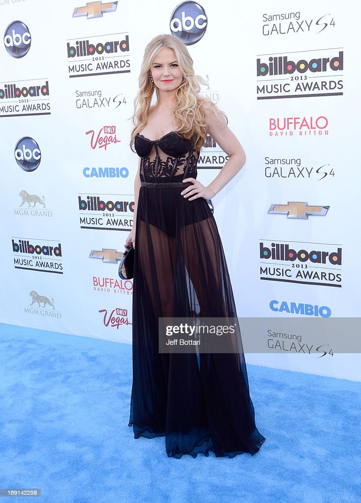 Actress <a gi-track='captionPersonalityLinkClicked' href=/galleries/search?phrase=Jennifer+Morrison&family=editorial&specificpeople=233495 ng-click='$event.stopPropagation()'>Jennifer Morrison</a> arrives at the 2013 Billboard Music Awards at the MGM Grand Garden Arena on May 19, 2013 in Las Vegas, Nevada.