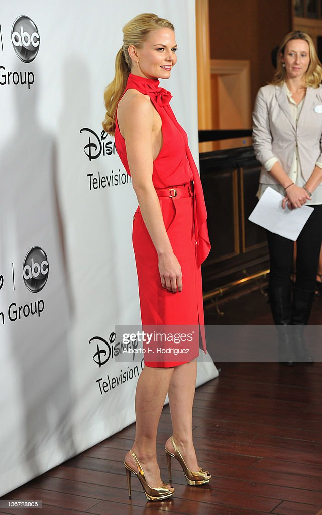 Actress Jennifer Morrison arrives to the Disney ABC Television Group's 'TCA Winter Press Tour' on January 10, 2012 in Pasadena, California.