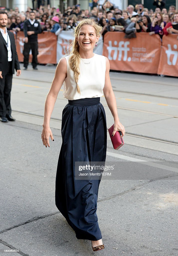 Actress <a gi-track='captionPersonalityLinkClicked' href=/galleries/search?phrase=Jennifer+Morrison&family=editorial&specificpeople=233495 ng-click='$event.stopPropagation()'>Jennifer Morrison</a> attends the 'Gravity' premiere during the 2013 Toronto International Film Festival at Princess of Wales Theatre on September 8, 2013 in Toronto, Canada.