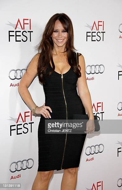 Actress Jennnifer Love Hewitt arrives at the 'J Edgar' opening night gala during AFI FEST 2011 presented by Audi held at Grauman's Chinese Theatre on...
