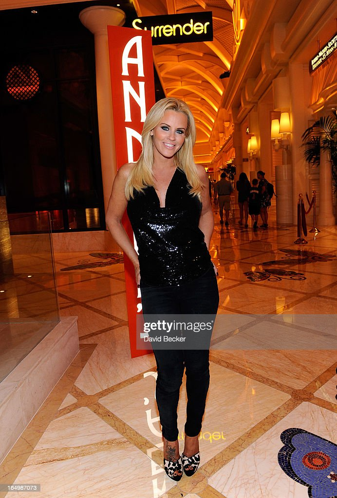 Actress <a gi-track='captionPersonalityLinkClicked' href=/galleries/search?phrase=Jenny+McCarthy&family=editorial&specificpeople=202900 ng-click='$event.stopPropagation()'>Jenny McCarthy</a> arrives at Andrea's at Encore Las Vegas to celebrate the renewal of 'The <a gi-track='captionPersonalityLinkClicked' href=/galleries/search?phrase=Jenny+McCarthy&family=editorial&specificpeople=202900 ng-click='$event.stopPropagation()'>Jenny McCarthy</a> Show' on March 29, 2013 in Las Vegas, Nevada.