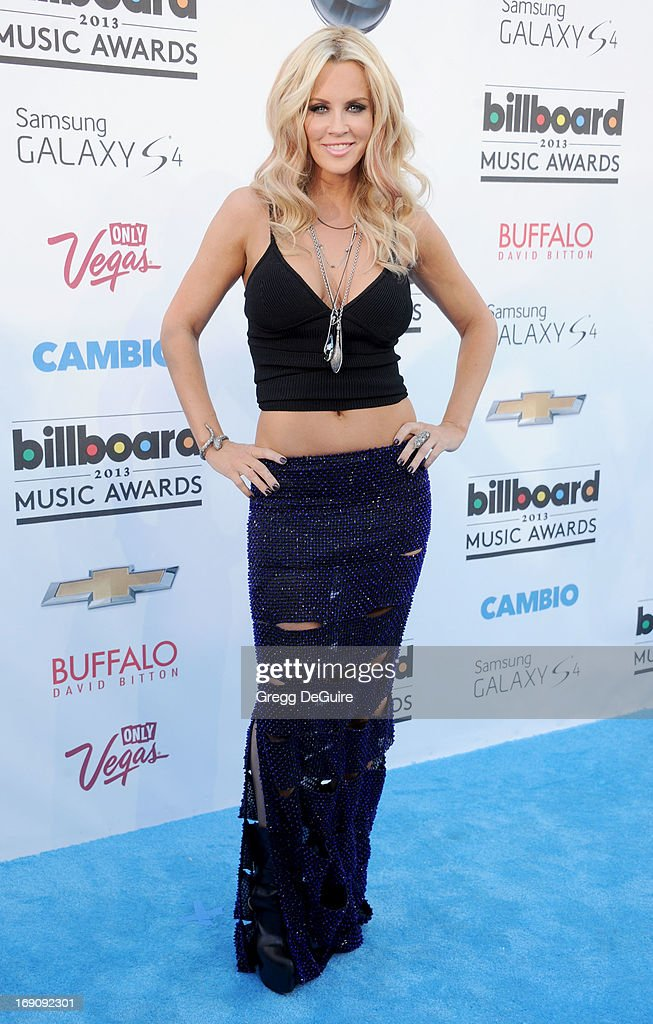 Actress Jenny McCarthy arrives at the 2013 Billboard Music Awards at MGM Grand Garden Arena on May 19, 2013 in Las Vegas, Nevada.