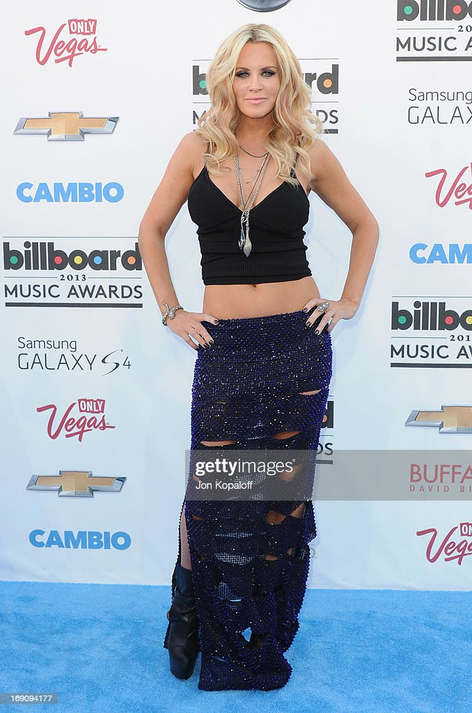 Actress <a gi-track='captionPersonalityLinkClicked' href=/galleries/search?phrase=Jenny+McCarthy&family=editorial&specificpeople=202900 ng-click='$event.stopPropagation()'>Jenny McCarthy</a> arrives at the 2013 Billboard Music Awards at MGM Grand Hotel & Casino on May 19, 2013 in Las Vegas, Nevada.