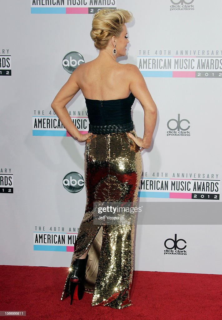Actress Jenny McCarthy attends the 40th Anniversary American Music Awards held at Nokia Theatre L.A. Live on November 18, 2012 in Los Angeles, California.