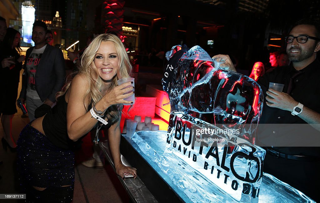 Actress <a gi-track='captionPersonalityLinkClicked' href=/galleries/search?phrase=Jenny+McCarthy&family=editorial&specificpeople=202900 ng-click='$event.stopPropagation()'>Jenny McCarthy</a> attends the Buffalo David Bitton/Billboard Awards afterparty at Marquee Nightclub In The Cosmopolitan on May 19, 2013 in Las Vegas, Nevada.