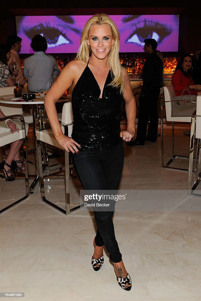 Actress <a gi-track='captionPersonalityLinkClicked' href=/galleries/search?phrase=Jenny+McCarthy&family=editorial&specificpeople=202900 ng-click='$event.stopPropagation()'>Jenny McCarthy</a> celebrates the renewal of 'The <a gi-track='captionPersonalityLinkClicked' href=/galleries/search?phrase=Jenny+McCarthy&family=editorial&specificpeople=202900 ng-click='$event.stopPropagation()'>Jenny McCarthy</a> Show' at Andrea's at Encore Las Vegas on March 29, 2013 in Las Vegas, Nevada.