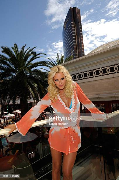 Actress Jenny McCarthy celebrates the renewal of 'The Jenny McCarthy Show' at the Encore Beach Club at Encore Las Vegas on March 29 2013 in Las Vegas...