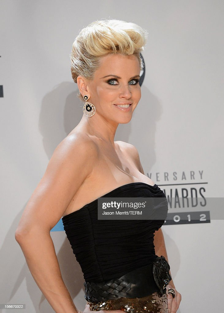 Actress Jenny McCarthy poses in the press room at the 40th American Music Awards held at Nokia Theatre L.A. Live on November 18, 2012 in Los Angeles, California.