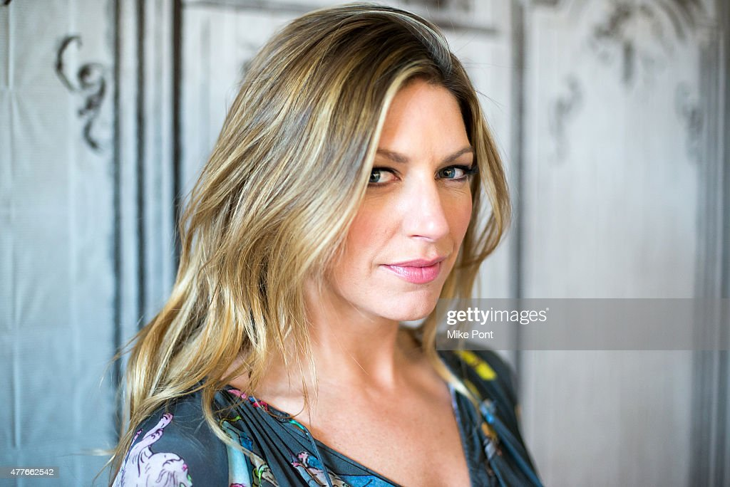 jes macallan height and weight