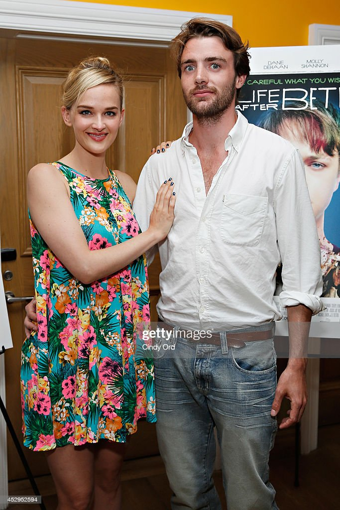 Actress <a gi-track='captionPersonalityLinkClicked' href=/galleries/search?phrase=Jess+Weixler&family=editorial&specificpeople=4117574 ng-click='$event.stopPropagation()'>Jess Weixler</a> and fiance Hamish Brocklebank attend the 'Life After Beth' New York Screening at Crosby Street Hotel on July 30, 2014 in New York City.